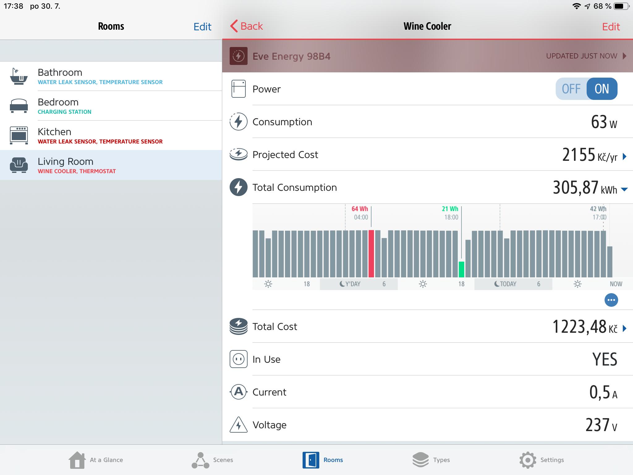 Obrazovka aplikace Elgato Eve s daty ze zásuvky Eve Energy zobrazující možnosti zařízení