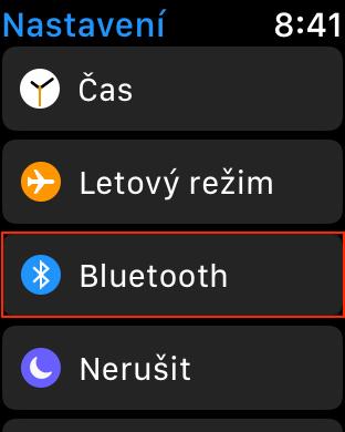 Obrazovka menu Nastavení s vybranou položkou Bluetooth