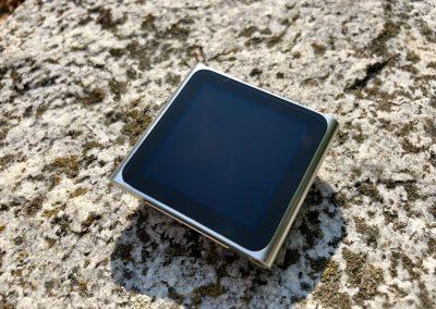 Pohled zepředu na iPod Nano 6G
