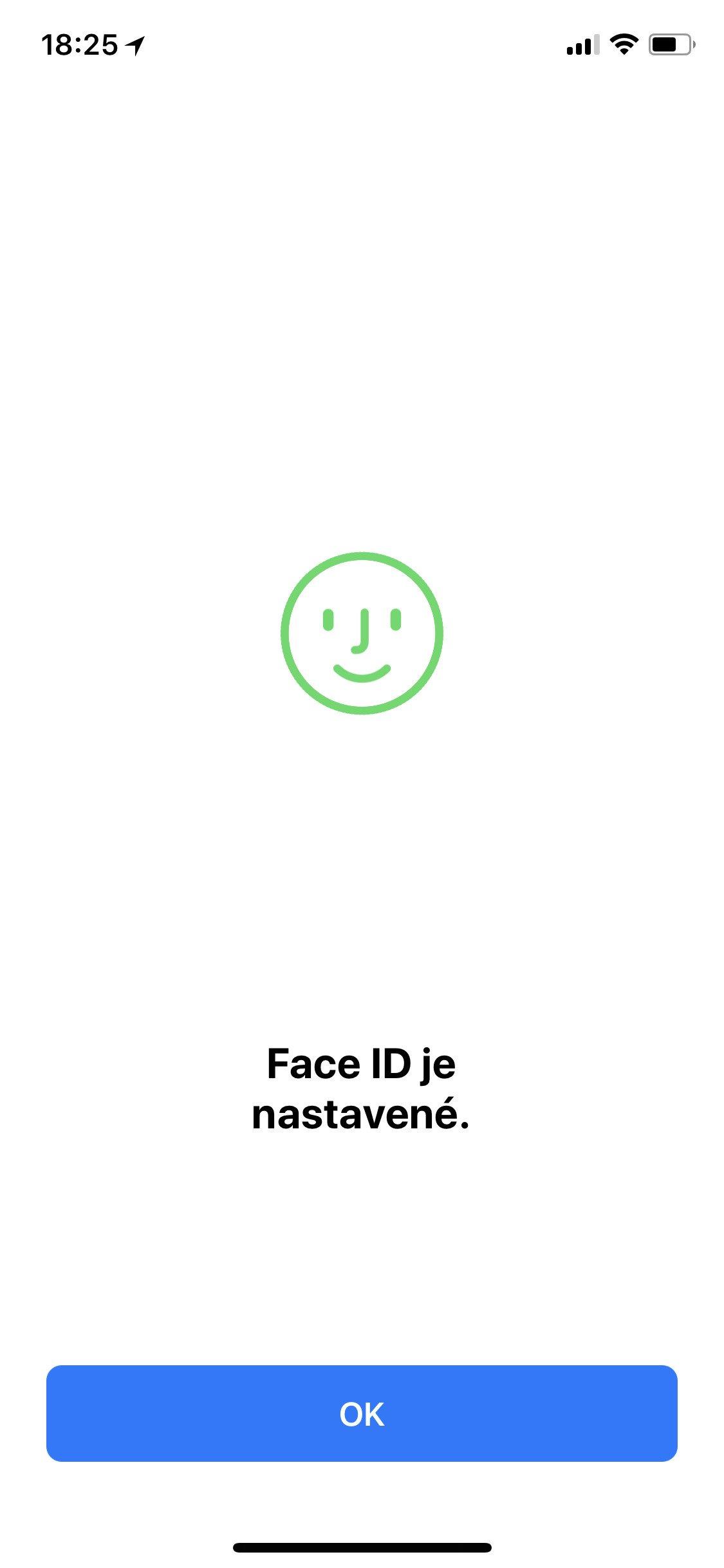 Obrazovka iOS Face ID je nastavené
