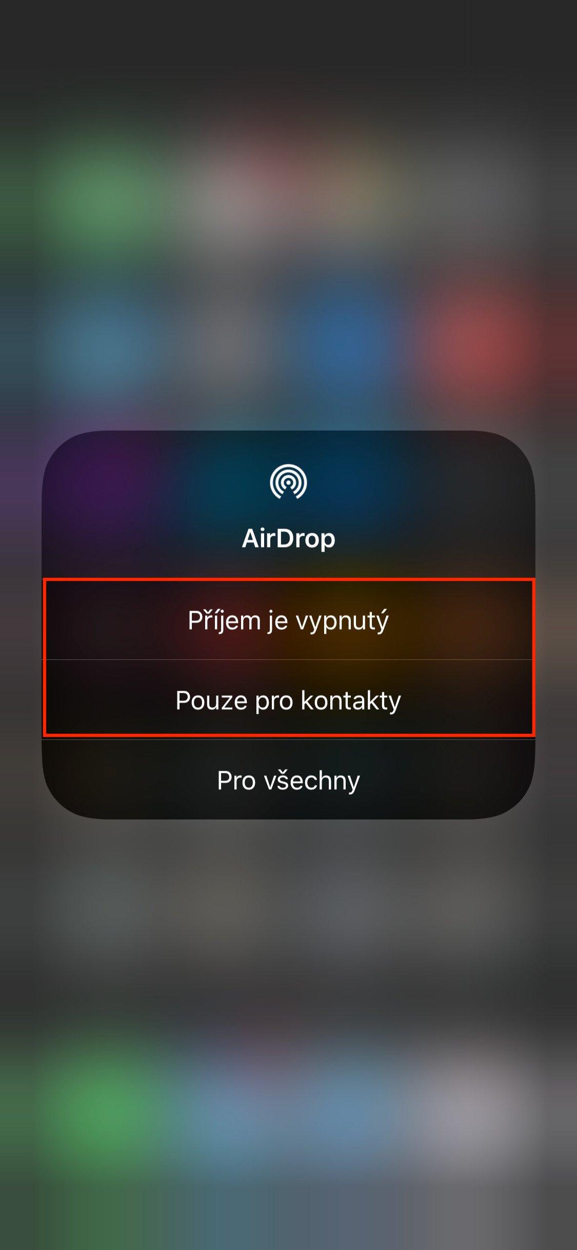 Sekce AirDrop ovládacího centra iOS