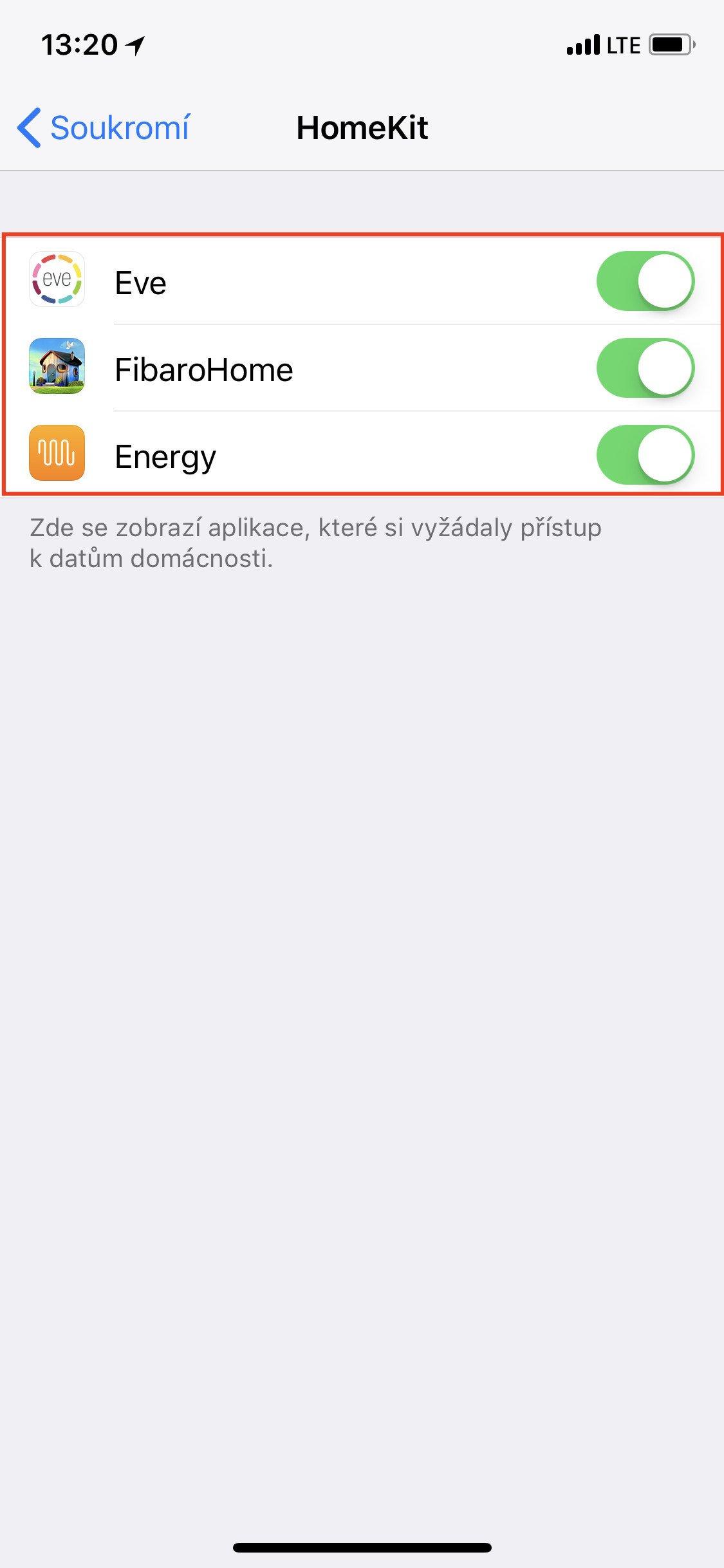 Obrazovka iOS HomeKit s aplikacemi, které na služby HomeKit mohou přistupovat