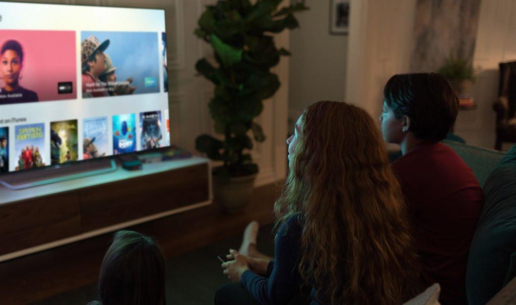 Jak používat více účtů na Apple TV