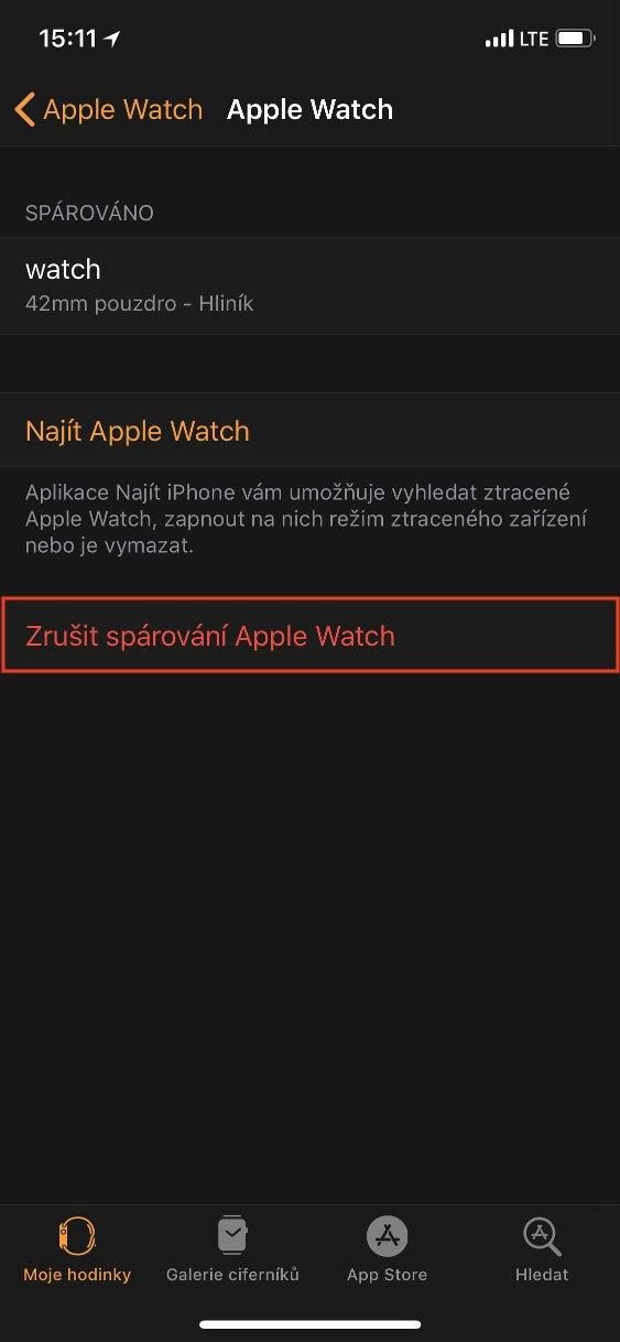Panel Apple Watch aplikace Watch s vybranou položkou Zrušit spárovaní Apple Watch