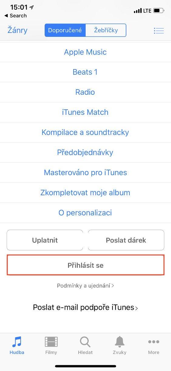 Aplikace iTunes Store na iOS s vybraným tlačítkem k přihlášení
