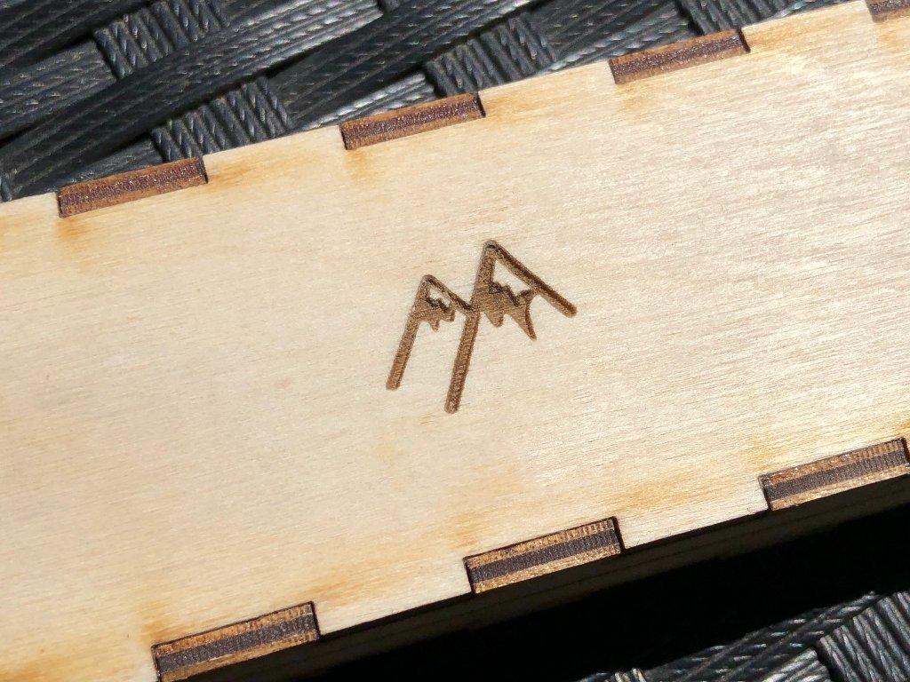 Dárková krabička s logem Wooden.land
