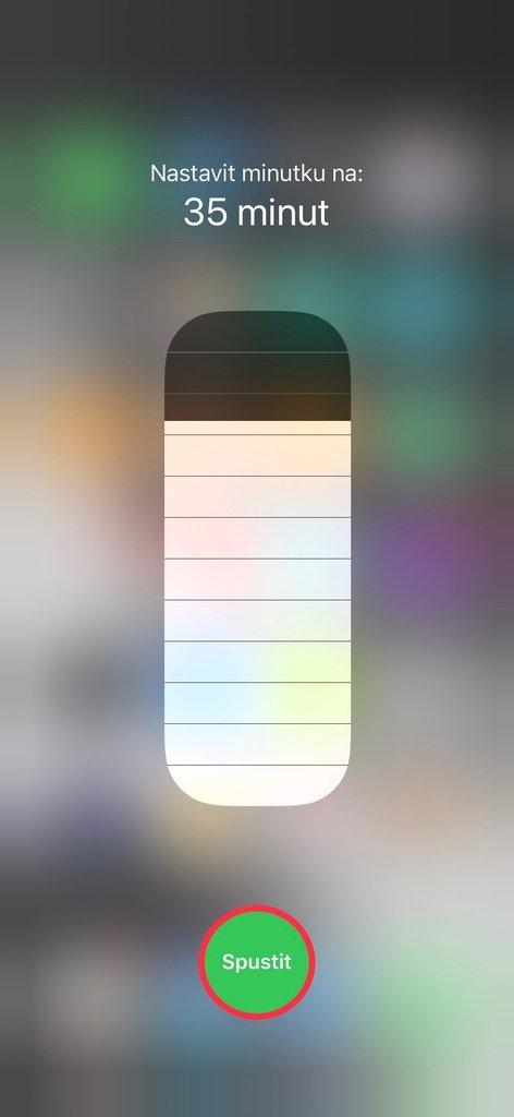 Spuštění minutky na iPhone