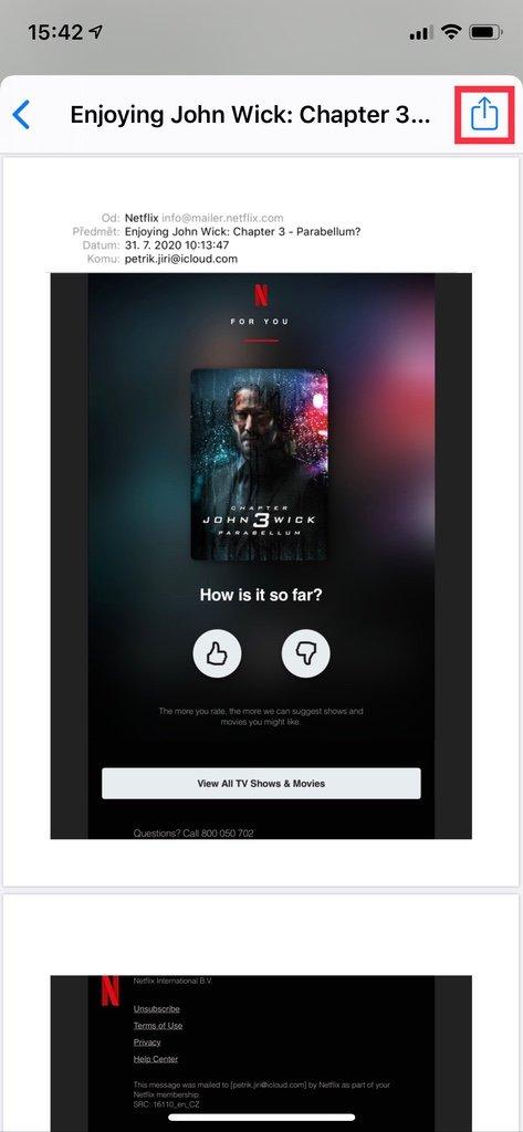 Tlačítko umožňující sdílení e-mailu na iPhone