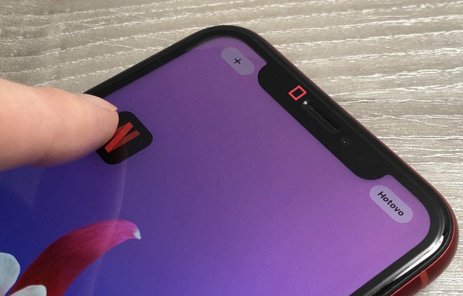 Umístění senzoru přiblížení u iPhone s Face ID