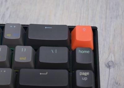 Detail kláves klávesnice Keychron K6