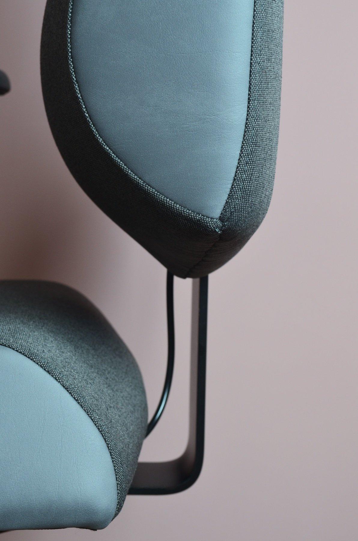 Spojení sedáku a zádové opěry židle Therapia Sense